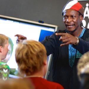 globale gæstelærere, her: Jimmy fra MUNDU